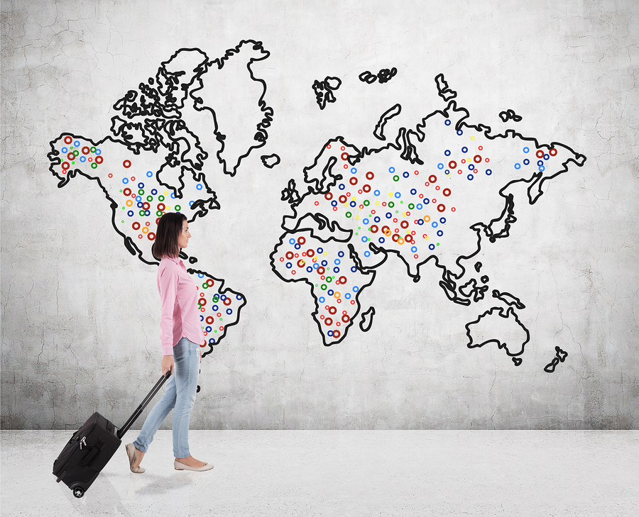 Woman travelling the world
